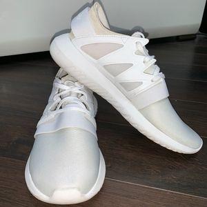 Adidas Tubular Viral (White) Women's 7